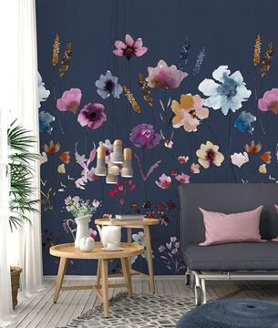 INGK Colorful fotobehang Meadow love blue INK7285 in Scandinavische woonkamer